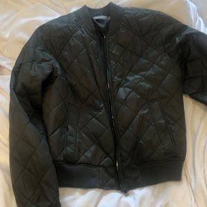 Vince Bomber Jacket in Army Green